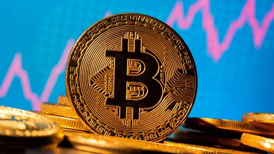 Caída del Bitcoin: perdió más del 15% en el día