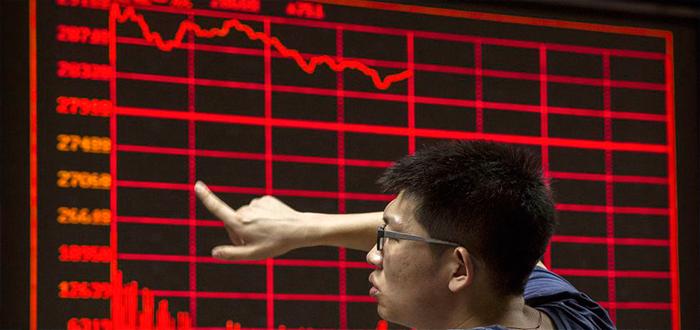 Los inversores reducen sus posiciones de riesgo tras los datos comerciales en China