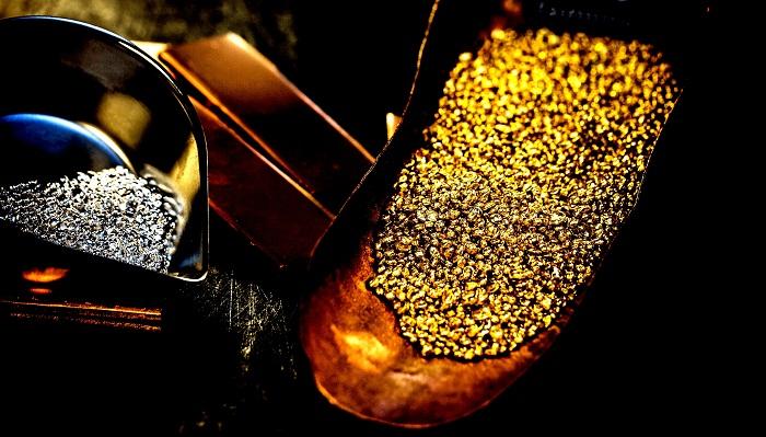El oro, estable; los mercados de EE.UU. cierran por Acción de Gracias