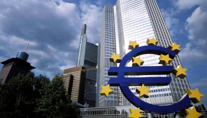art3-BCE-Entre-el-euro-y-la-pared
