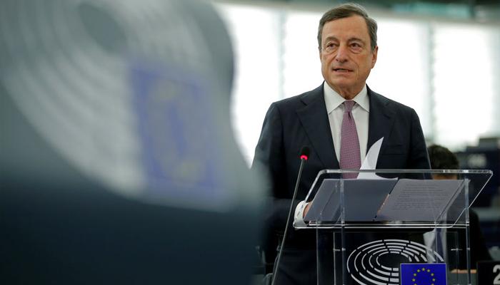 Draghi dice que no es trabajo del BCE regular el Bitcoin