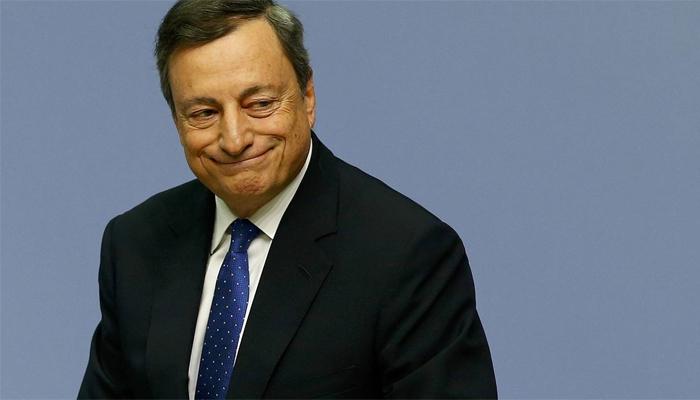 """Draghi defiende la política monetaria del BCE: """"No está dañando a los bancos"""""""