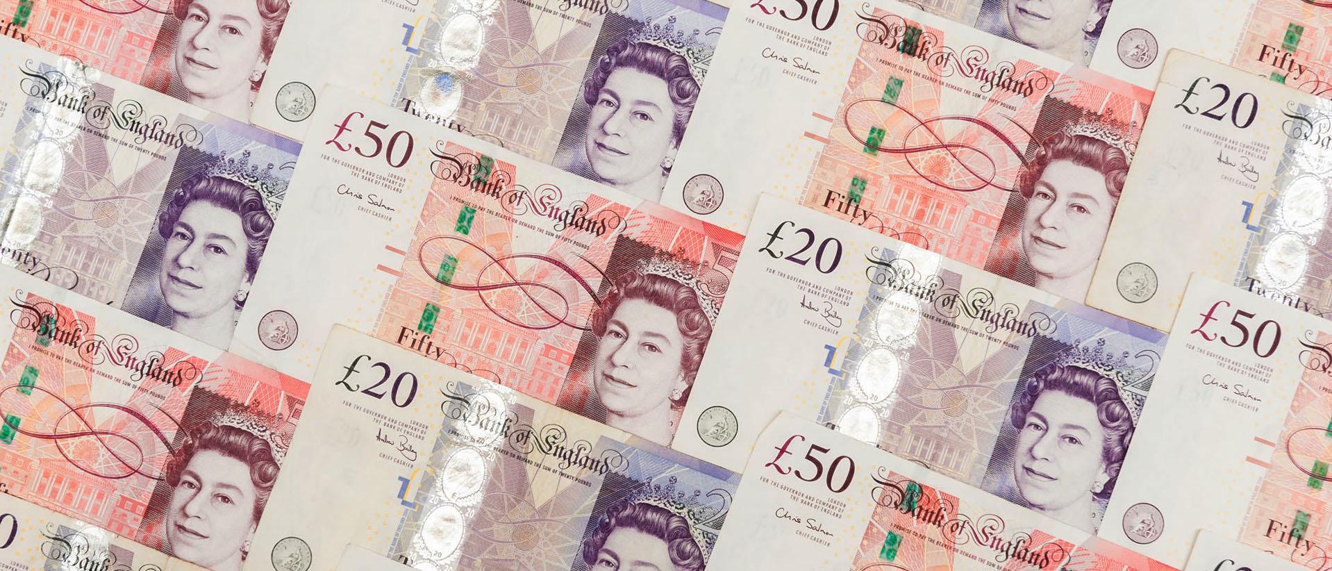 La salida británica de la UE dañaría la libra, no el euro, según director de MEDE